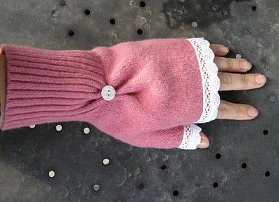 Easy, easy, and CUTE!!! Upcycle an old sweater into these pretty awesome fingerless mittens.