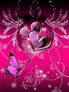 Corazones brillantes con un lindo fondo junto a una bella mariposa