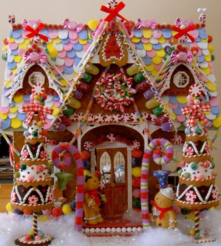 Colorful gingerbread house gingerbread house pinterest - Maison en biscuit et bonbons ...