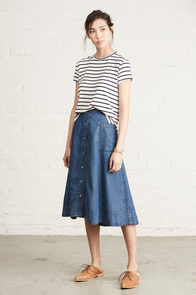 FREE SHIPPING - EASY RETURNS The Amara skirt is the perfect everyday skirt. Made from sustainable tencel, an incredibly soft fabric produced using eucalyptus, you'll want to wear this piece all the ti