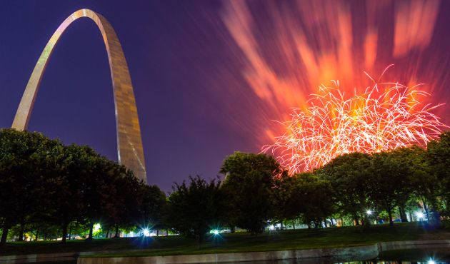 TravelingWarrior.com highly recommends going up to the top of the Gateway Arch and get a bird's eye view of the city of St. Louis. The tickets are inexpensive and its a must do while you are in the city. (https://www.facebook.com/TravelingWarrior) #StLouis #travel. Photo by: Philip Leara () Attribution license: (https://www.flickr.com/photos/philleara/) No changes made to the photo.
