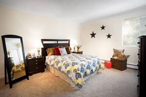 Large Bedrooms at the St George School Apts!  This Historic Property has Free Heat too!Now You too can live the Red Oak Life!  #redoaklife