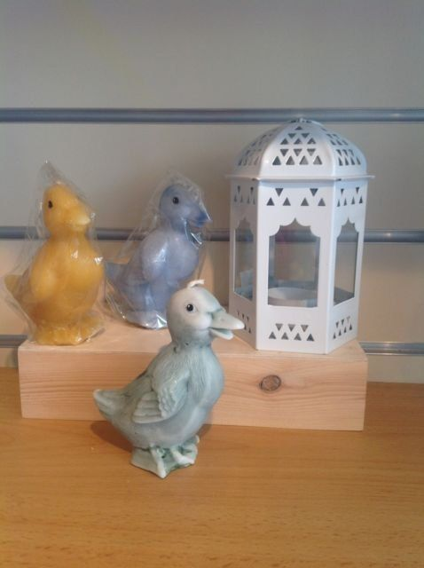 Hand made Duck Candles     perfect gifts for duck collectors.    See drop down list for colour choices ( more colours available on request)    We