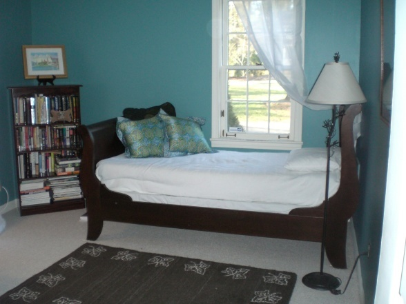 benjamin moore tranquil blue paint pinterest colors. Black Bedroom Furniture Sets. Home Design Ideas