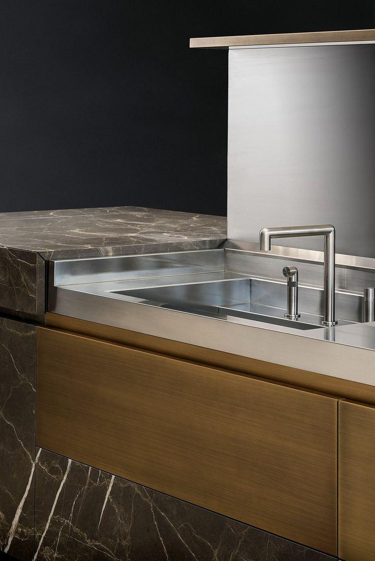 23/06/2016 -Con Neolite, TM Italia propone un'evoluzione del suo concept Petra, ovvero la cucina in pietra naturale capostipite della coll