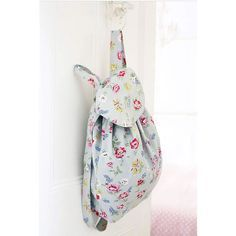 SEW A BACKPACK Use Cath Kidston floral fabric to make a beautiful backpack with bags of style! Find more fabric crafts at prima.co.uk