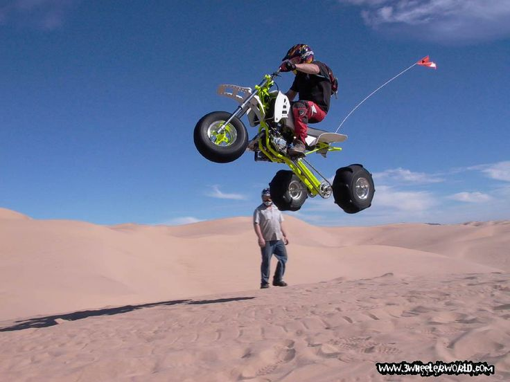 Atc 250r In The Glamis Dunes Cars Motorcycles Pinterest
