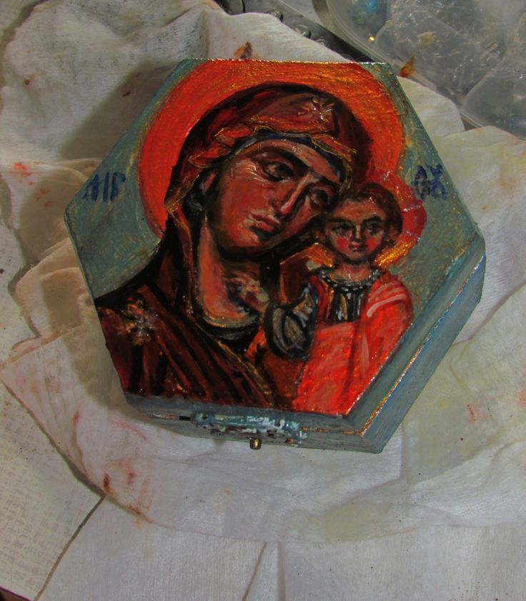 painting on box/ Kazan MH Theotokos