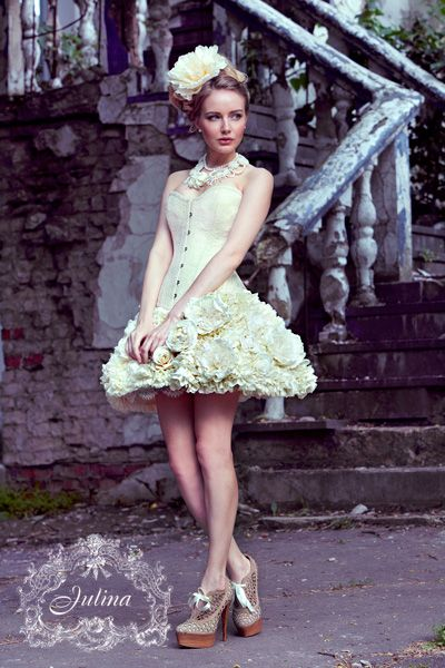 "JULINA corsets, skirts, blouses and  dress fashion. Корсет и юбка цветы из шелка ""Имя Розы"""