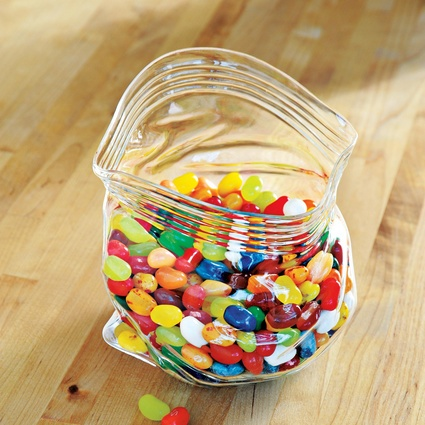 Glass candy jar - this is adorable!