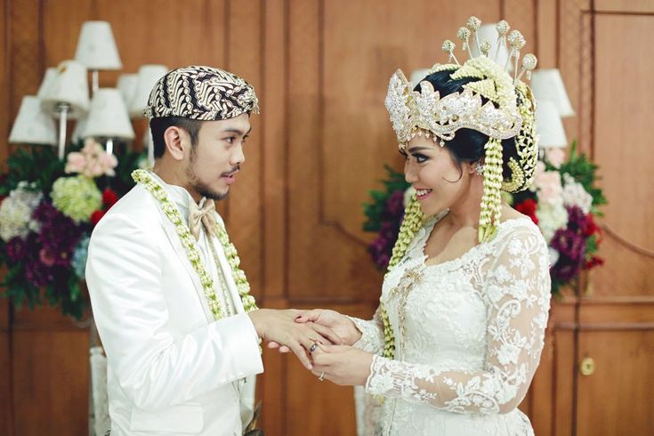 Pernikahan Adat Sunda Muthia dan Jagat di Jakarta