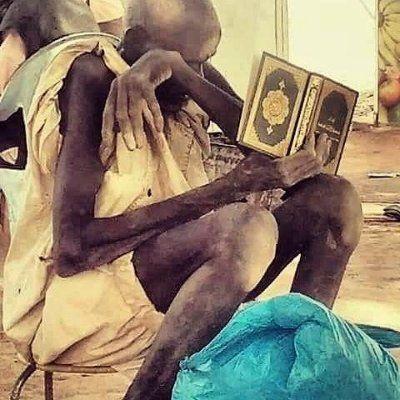 قال رسول الله صلى الله عليه وسلم: دعوات المكروب اللهم رحمتك أرجو فلا تكلني إلى نفسي طرفة عين، وأصلح لي شأني كله لا إله إلا أنت.