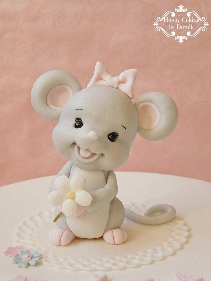 Baby mouse topper