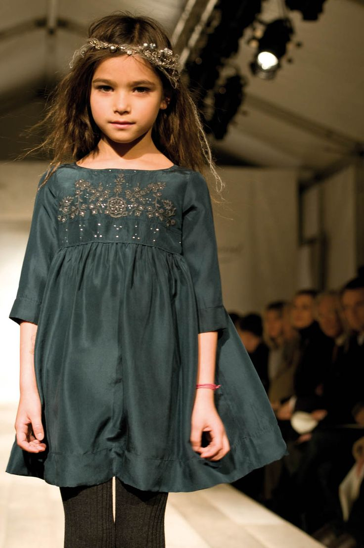 Try an embroidered bodice on the Oliver + S Playdate Dress!