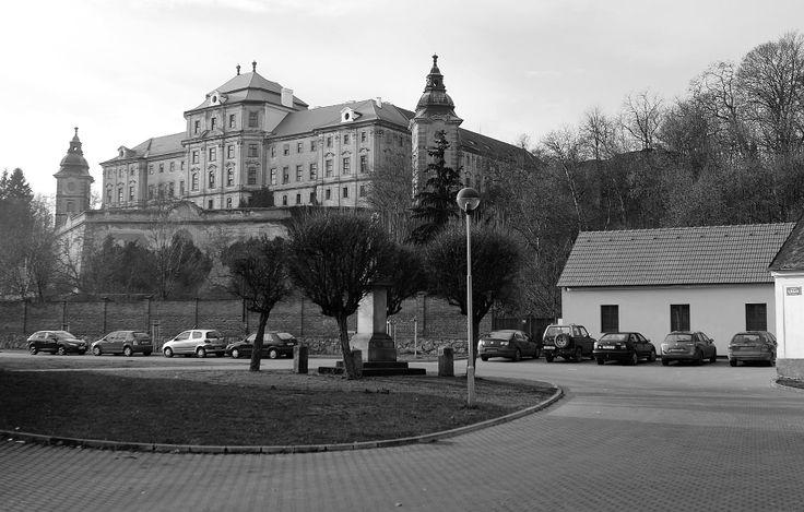 rok 2014 Chotěšov náměstí