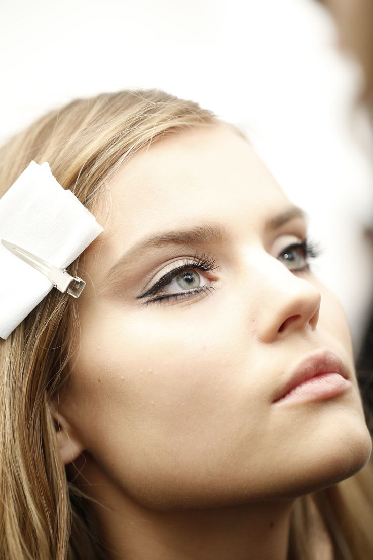 amazing eye liner // Backstage at the Gucci Women's FW 2014-2015 Runway Show