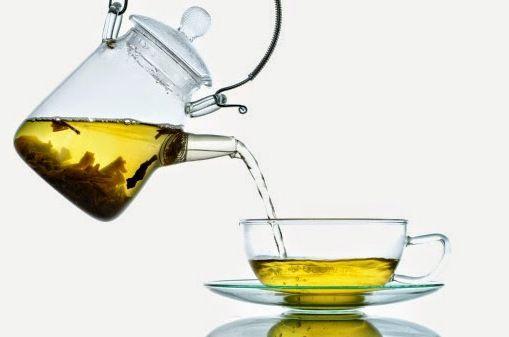 Как избавиться от бессонницы? Ароматизированный банановый чай – лучшая натуральная снотворная пилюля.
