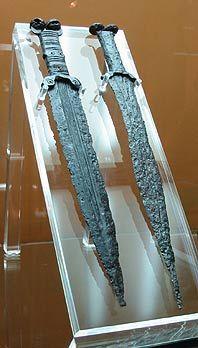 "Espadas de ""antenas"" celtíberas - Soria, España"