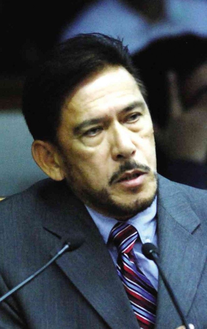 Sotto backs reopening of Senate Mamasapano probe  More senators on Saturday said the Senates inquiry into the Mamasapano clash should be reopened following President Aquinos disclosure that there was an alternative truth to the incident