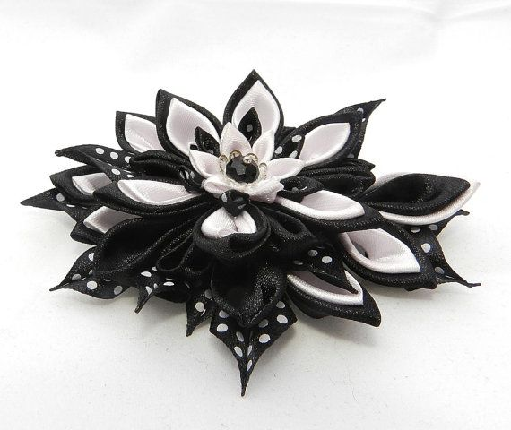 Brooch Jacqueline with Tsumami Kanzashi Flower by LazuritLouise