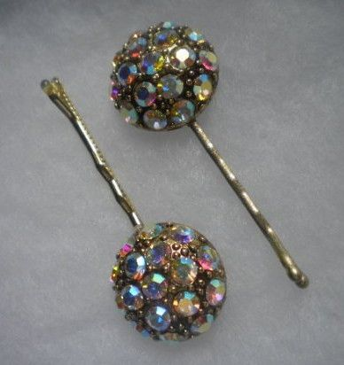 Vintage jewelry - take pieces from vintage jewelry and make beautiful hair pins.