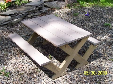 Kids Modern Picnic Table