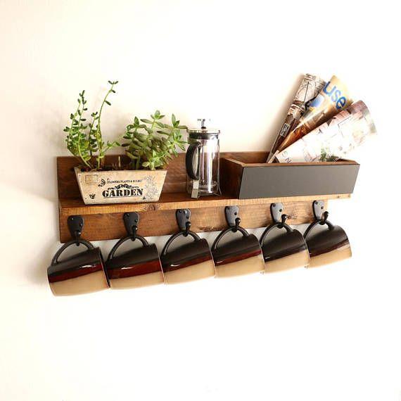Diy Coffee Mug Rack W Pallet Wood Diy Mugs Rustic Diy Easy Home Decor