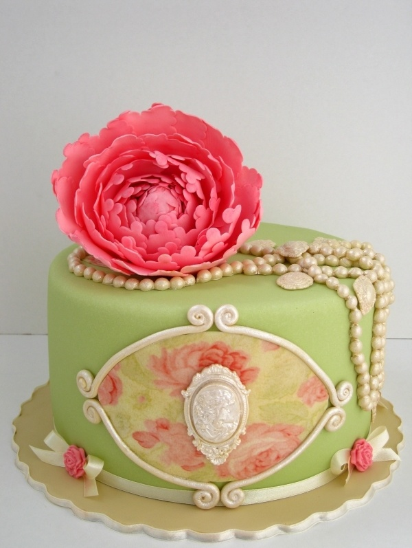 Shabby Chick Birthday Cake