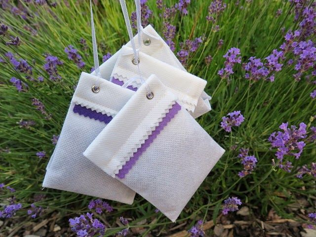 Negligent style: Lavender sachet