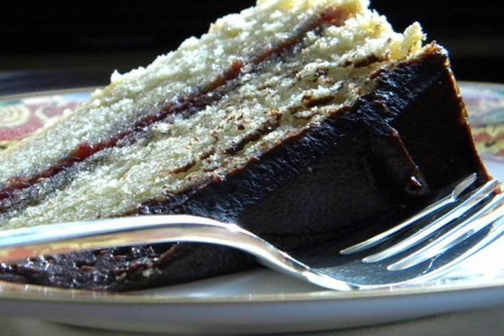 Grown-Up Birthday Cake (1 C white wine & olive oil) Chocolate Frosting