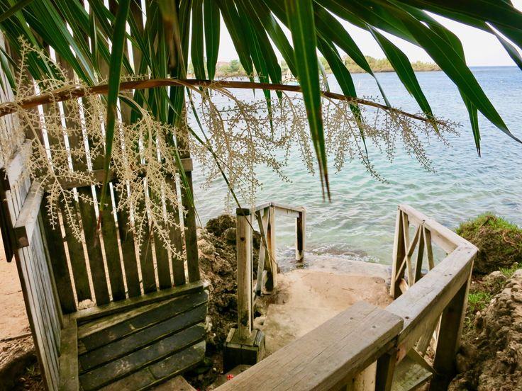 Snorkel entrance behind Half Moon Bay Resort in Roatan's West End.