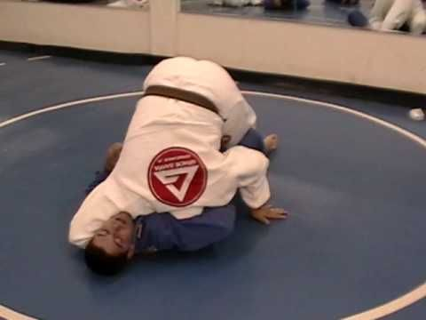 BJJ Techniques: Guillotine Escape - YouTube