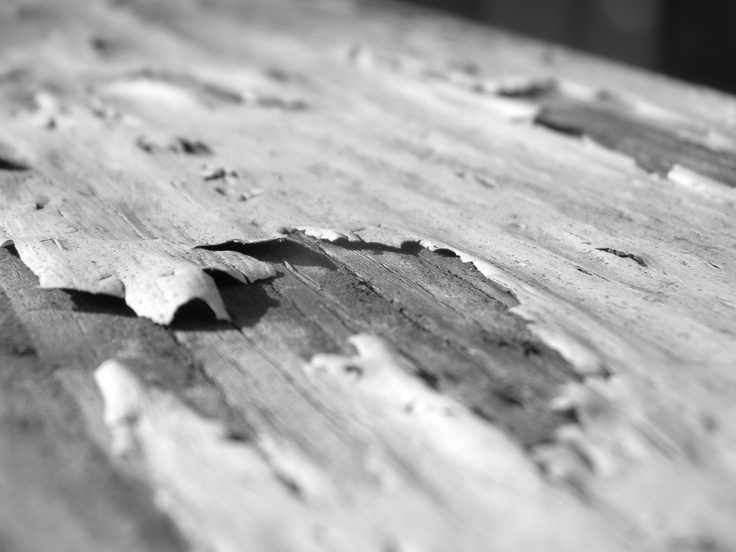 Sometimes watching paint dry can actually be fun. #paint #wood #macro #abstract #blackandwhite