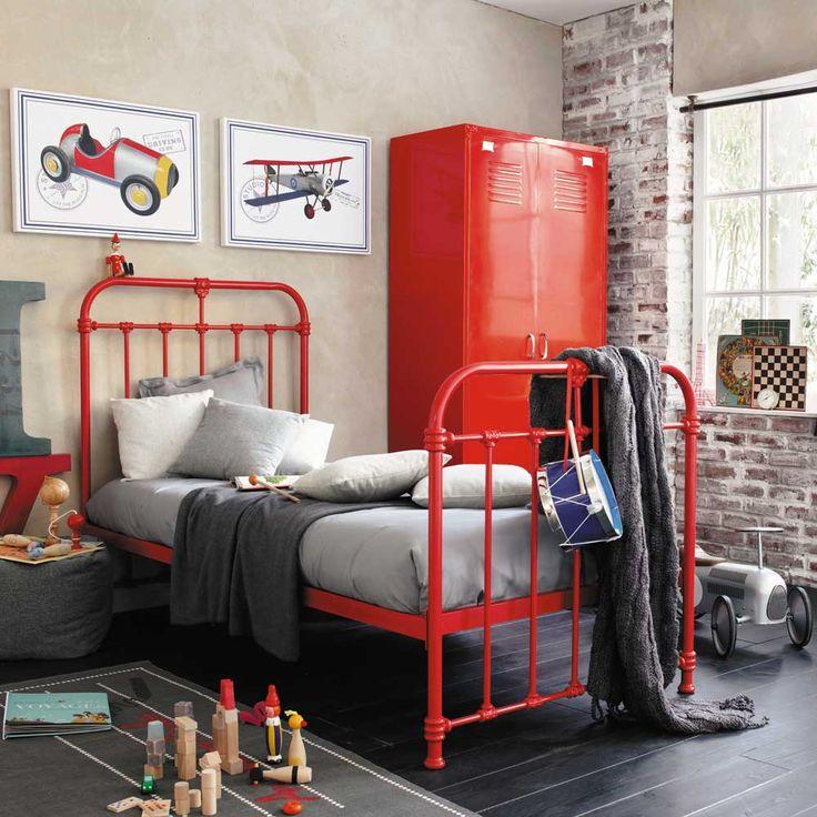 Inspiration Londres / chambre d'Ado - lit barreaux rouge - style industriel - mur de briques