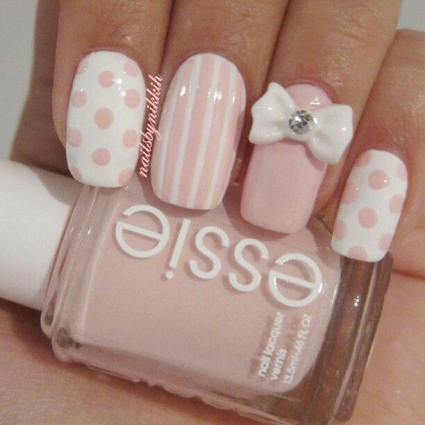 Pink and girly #nail #unhas #unha #nails #unhasdecoradas #nailart #rosa #branco #lacinho #bow #stripes #listras #poa #bolinhas #dots