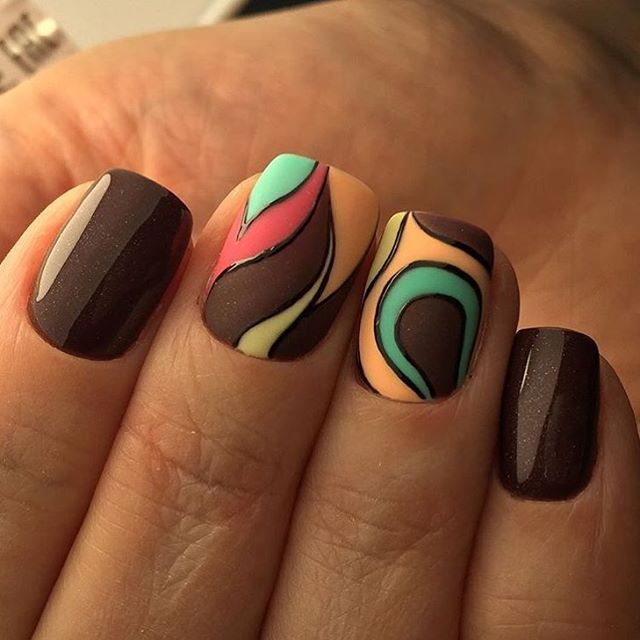 Not your everyday brown! Lovely nail art design for fall and winter.