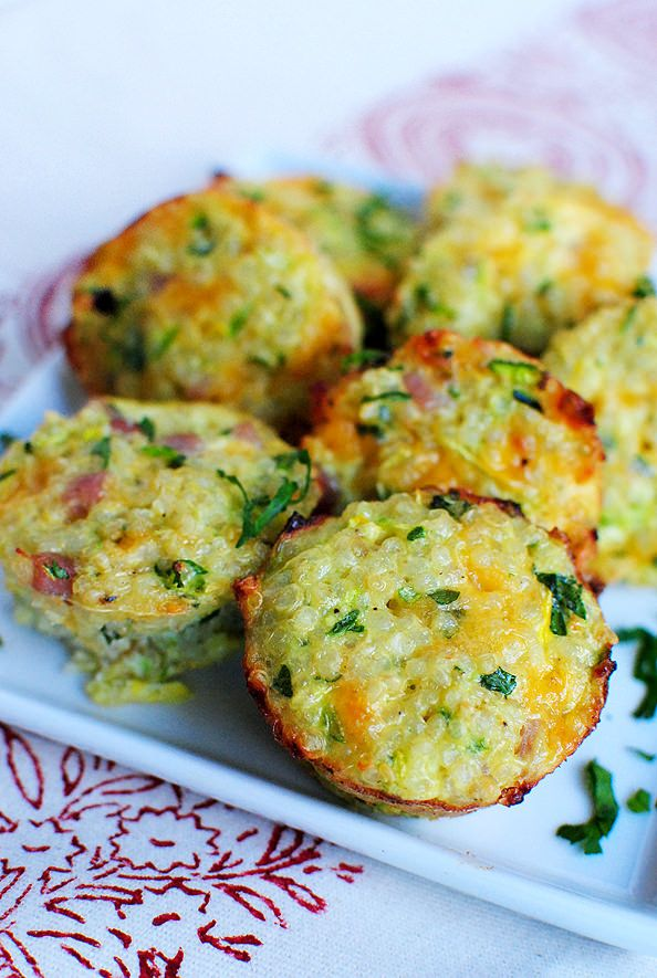 Mini Ham and Cheese Quinoa Cups #healthy #quinoa #recipes http://greatist.com/eat/breakfast-quinoa-recipes