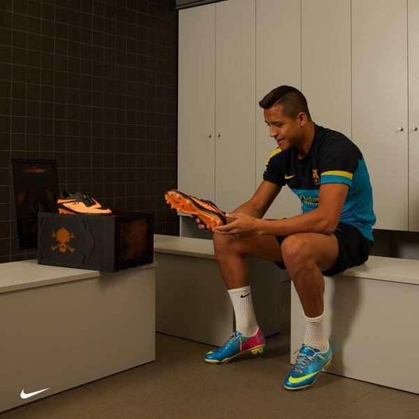 Alexis Sanchez with his new Nike Hypervenom Phantom Football Boots