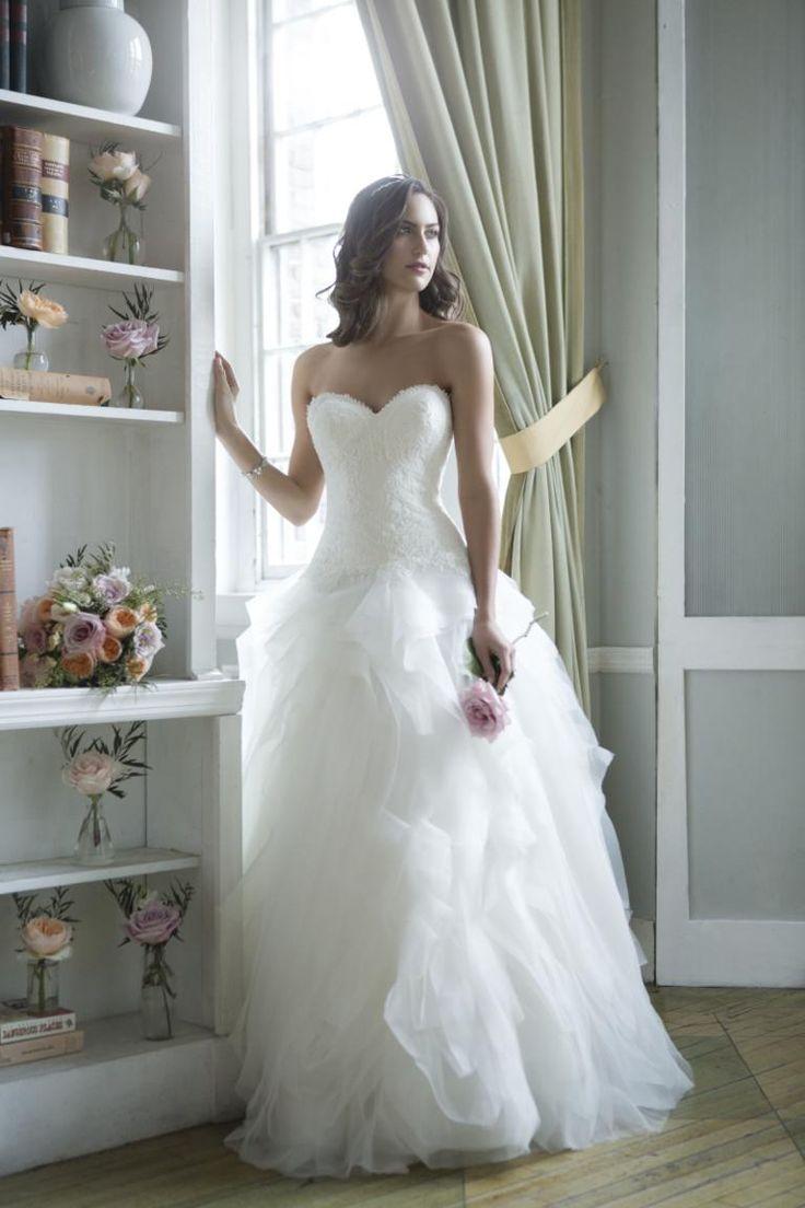 Bruidsjapon, trouwjurk, tule japon, romantische jurk, kanten japon, jurk aparte rug,