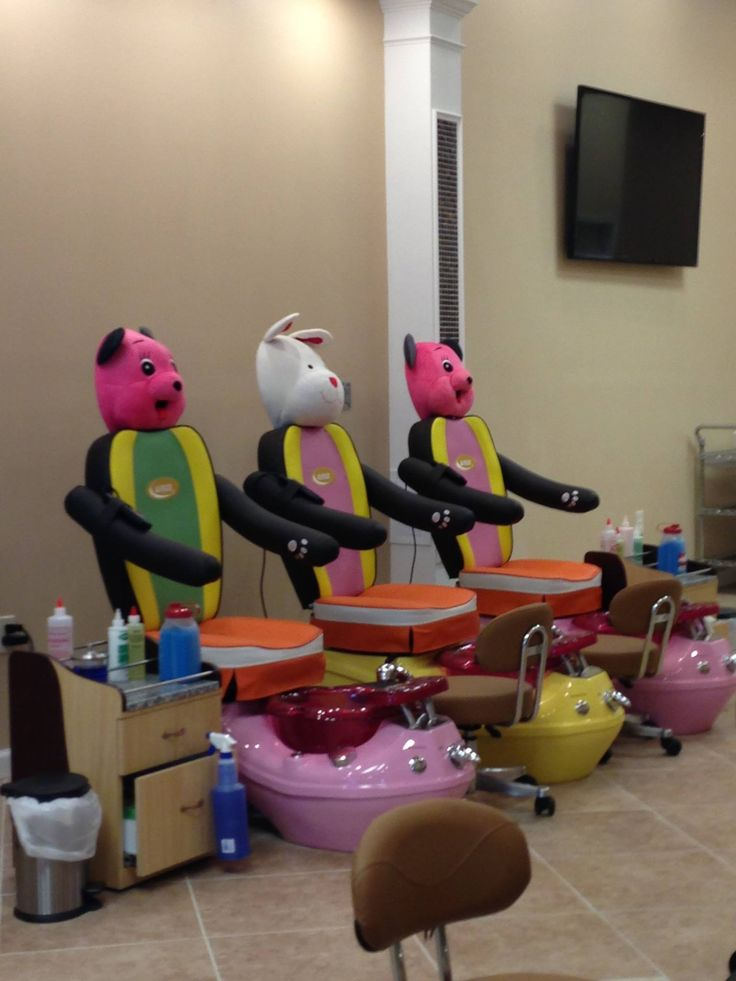 86 best images about kids nail salon on pinterest for Salon spa equipment