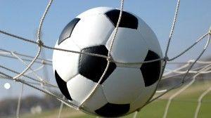 A jornada 11 da Liga ZON Sagres disputa-se sob o signo do ponto. Apenas um, o que separa os três grandes no topo da tabela. Da mesma maneira que esse ponto segura o FC Porto na liderança, não vencer poderá significar a perda do primeiro lugar.