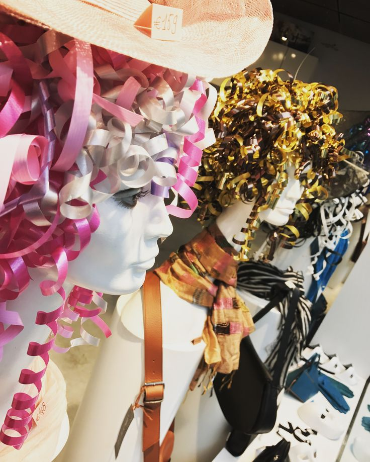 window display - etalage - shop - carnaval - www.awardt.be