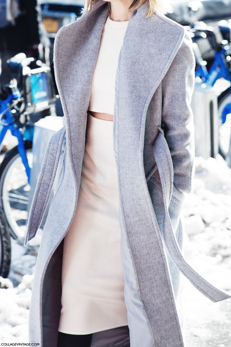 Fall outfit - crop top & pencil skirt with grey wool coat