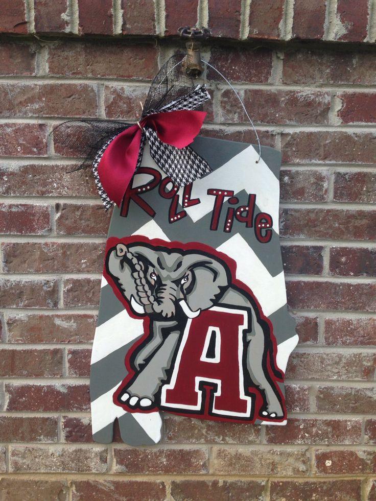Alabama door hanger by RiversLaneDoorDecor on Etsy $30.00 & 25+ unique Alabama door wreaths ideas on Pinterest | Alabama ... pezcame.com