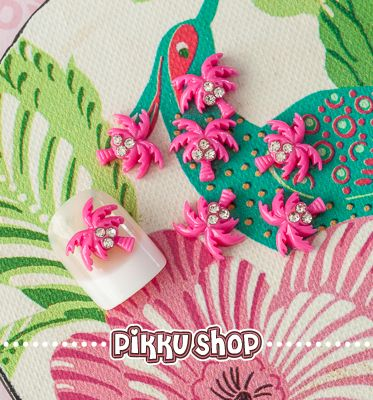 Palm Tree Nail Decoration from Pikku Shop | www.pikku-shop.com