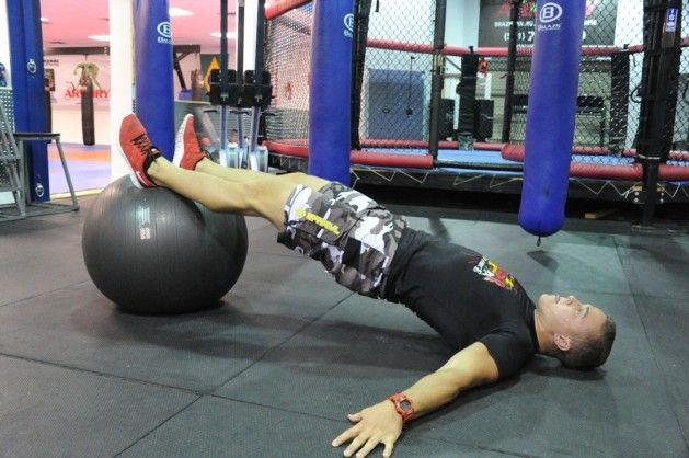 Summer is the perfect time to build your hockey conditioning. Check out this simple 3-week conditioning workout designed just for hockey players.
