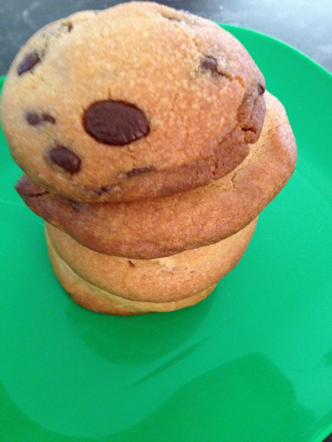 A friend called in for a cuppa yesterday, and I searched and searched for a recipe to make some biscuits to nibble on. Boy O boy are there some delicious looking biscuit and cookie recipes out ther...