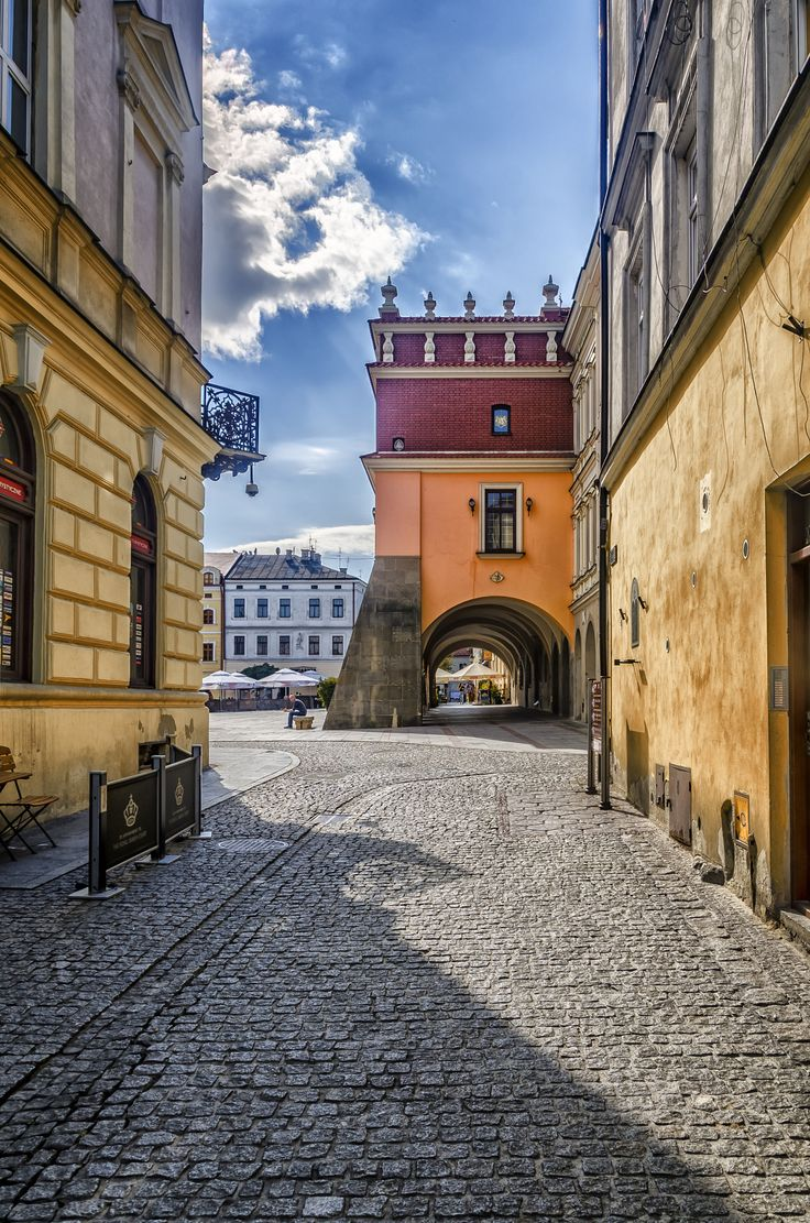 Tarnow - Poland ☳ + ▽ ... ! https://de.pinterest.com/lokeetah/beautiful-poland/