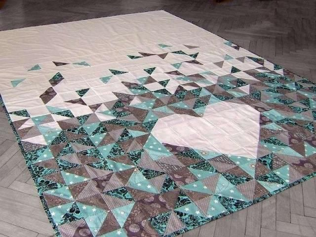 Patchworková deka so srdiečkom / Artmama.sk / Patchwork blanket with heart pattern
