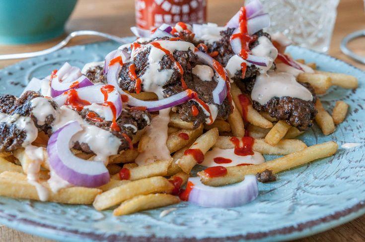 Snabb hemgjord kebab med enkel vitlökssås